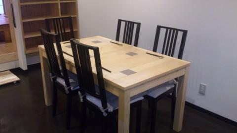 お誕生日席付きテーブル