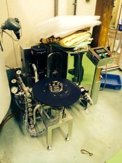 ビール樽洗浄機、240万円なり これにより作業効率かグンと上がる